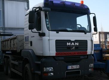 Vrachtwagens MAN, YVECO